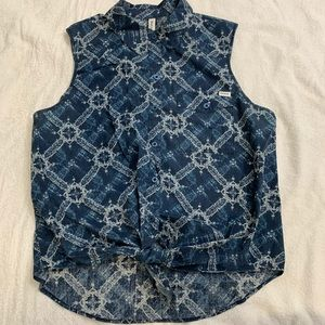 Front tie button up tank
